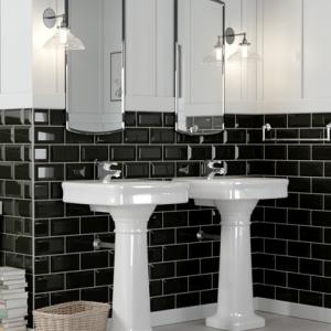 Roomset photo of MetroTile black in a bathroom