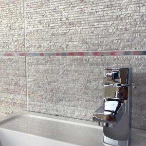 A Photo of Nimes Bianco in a bathroom splashback